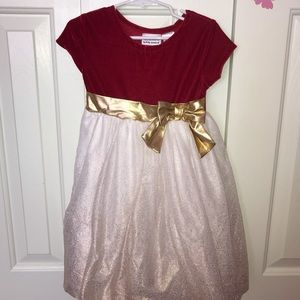 Beautiful Dress for all occasions!
